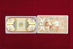 RWSタロットカードとタロットミュシャのカードサイズの比較